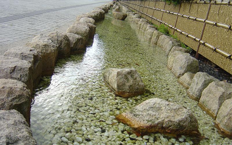 氣比神宮 御手洗川